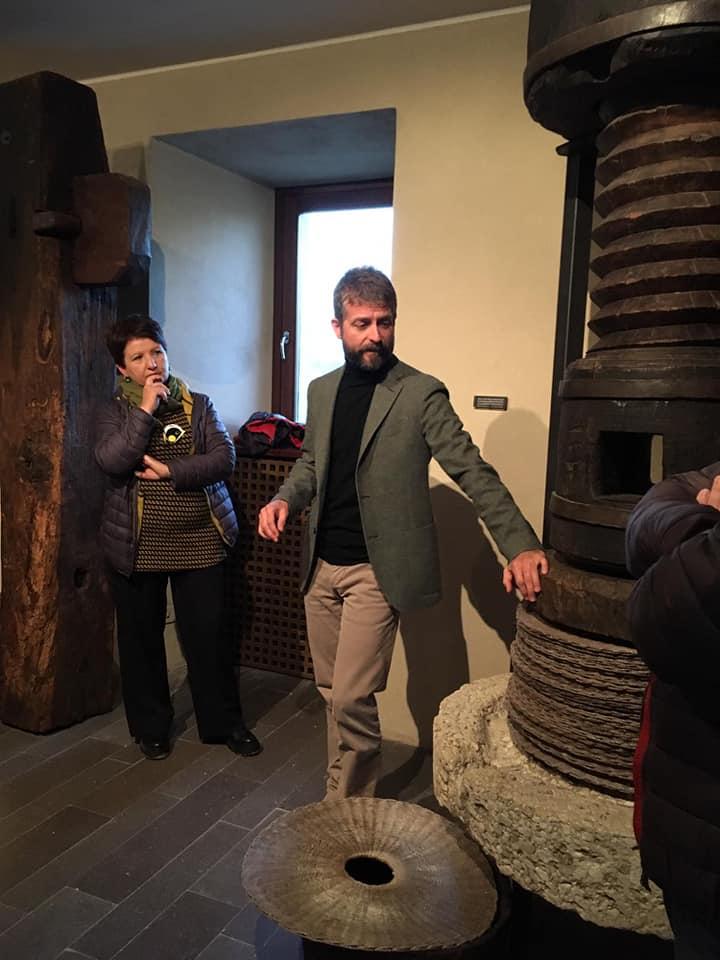 Museo dell'olio della Sabina: la tradizione incontra l'arte contemporanea.